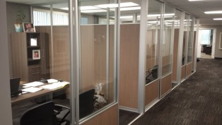 Wall partition system