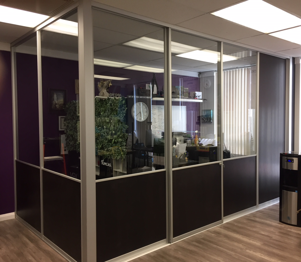 corner-glass-office-divider